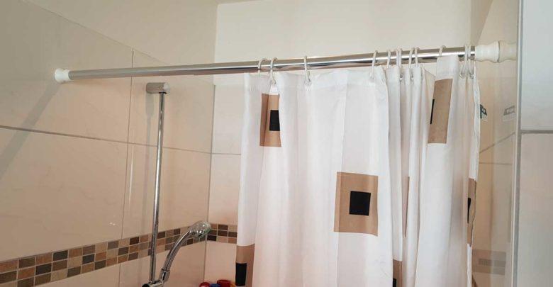 duschstange ohne bohren anbringen anleitung und tipps. Black Bedroom Furniture Sets. Home Design Ideas