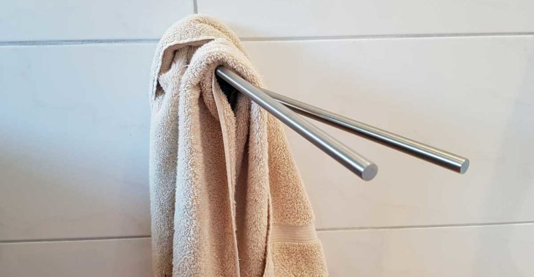 Handtuchhalter ohne bohren befestigen - Hält das auf die Dauer?