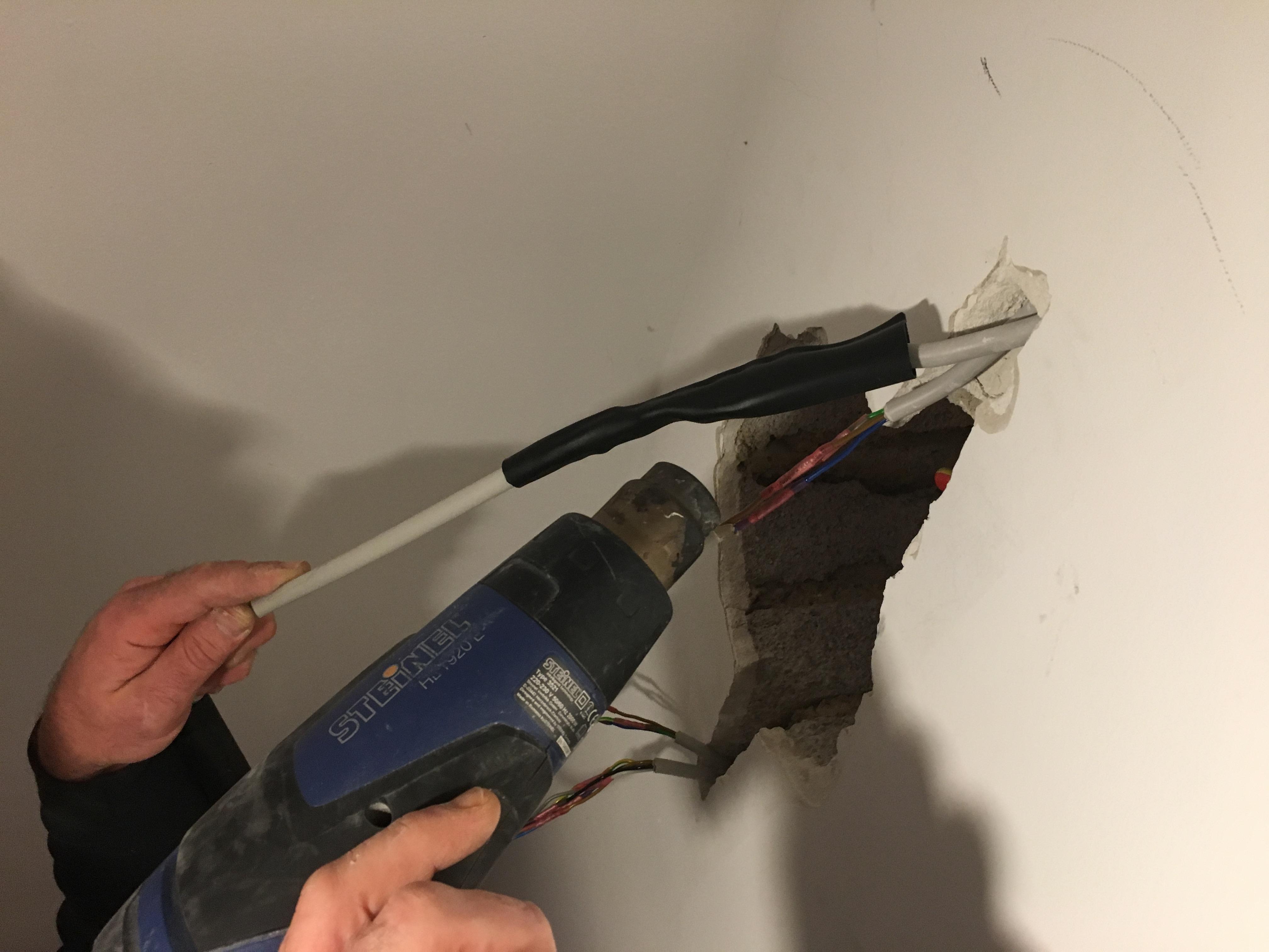 Fabulous Kabel mit Schrumpfschlauch reparieren - Die sichere Methode SX29