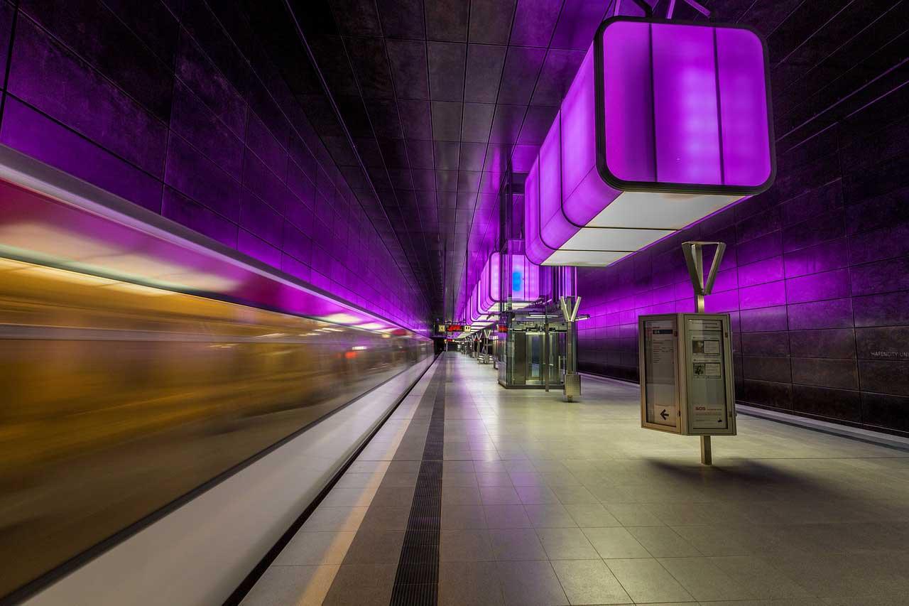 LED Röhren – Vorteile und Einsatz bei der Beleuchtung