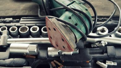 Schleifmaschinen - Werkzeuge zur Oberflächenbearbeitung
