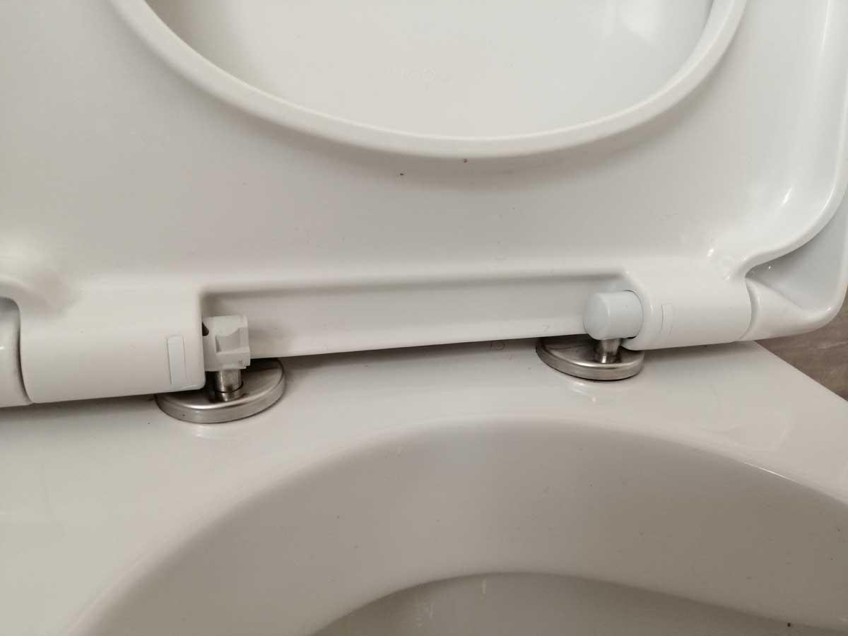 WC-Sitz Montageschlüssel – Universal für leichte Installation