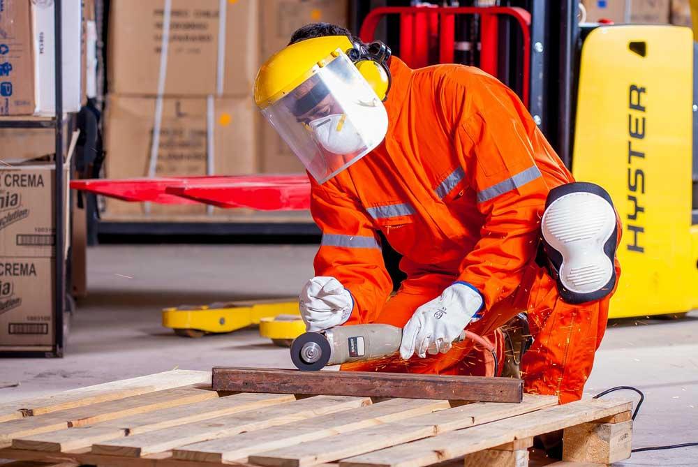 Verletzungen der Hände und tödliche Arbeitsunfälle: Das muss nicht sein!