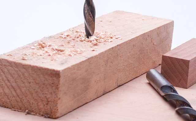 Bohrer für Langlochbohrmaschine - Holz kann reißen oder zermürbt werden