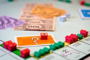 Die Suche nach der richtigen Finanzierung gleicht manchmal einem Glücksspiel, weil in den Vergleichsportalen häufig gar nicht alle Anbieter Berücksichtigung finden.