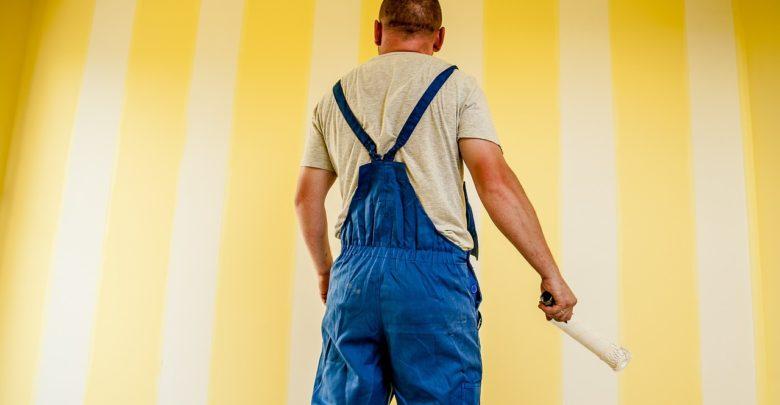 Bild von Malerkosten berechnen – Arbeitslohn & Material