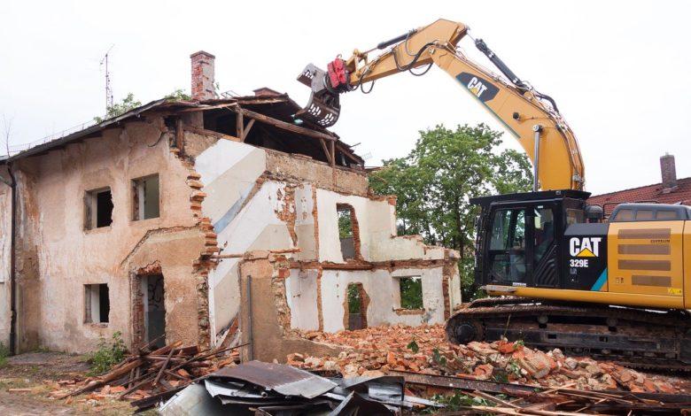 Bild von Was müssen bei der Entkernung und Abbruch von Gebäuden für Vorschriften beachtet werden?