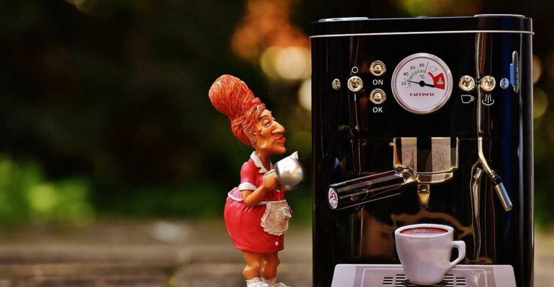Bosch Kühlschrank Kondenswasserbehälter Reinigen : Kaffeemaschine entkalken und reinigen