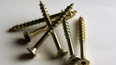 Bild von Spanplattenschrauben – Schlitz, Kreuz, oder Torx Unterschiede und Einsatzgebiete