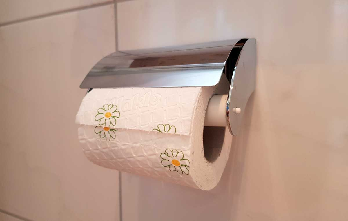 Toilettenpapierhalter ohne bohren anbringen
