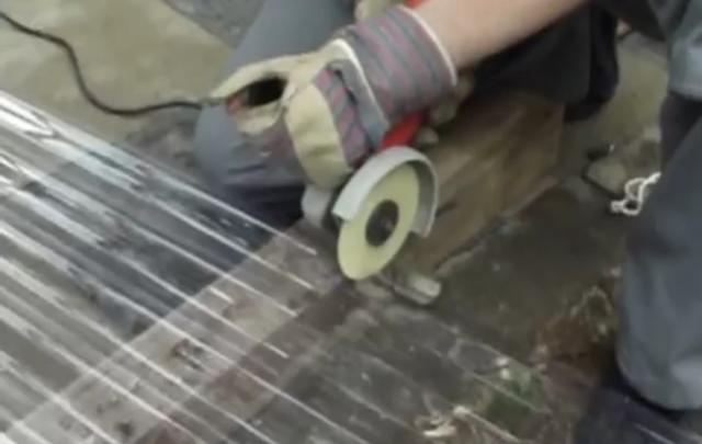 Bekannt Wellplatten auf Maß schneiden « Stegplatten Zuschnitt ✓ MT72